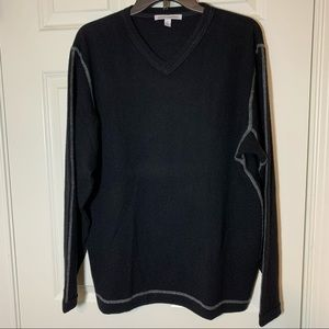 Autumn Cashmere men's v-neck pullover sweater